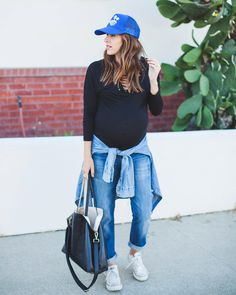 California cool at it's finest. rockin' Stitch Fix maternity like nobody's business. When it comes to feeling stylish and cool while pregnant—the struggle is real. See Natalie from Natalie Dressed's advice for perfect summer maternity style. Summer Maternity Fashion, Spring Maternity, Cute Maternity Outfits, Stylish Maternity, Maternity Business Casual, Maternity Jeans, Pregnancy Wardrobe, Pregnancy Outfits, Pregnancy Wear