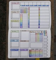 Bullet Journal Spreads That'll Start Your New Year Organized and Keep You Or. , Bullet Journal Spreads That'll Start Your New Year Organized and Keep You Or. Bullet Journal Spreads, Bullet Journal Notebook, Bullet Journal Ideas Pages, Bullet Journal Layout, Bullet Journal Inspiration, Journal Pages, Bullet Journals, Daily Journal, Bujo