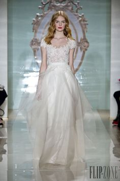 Reem Acra Primavera-Verano 2015 - Novias - http://es.flip-zone.com/fashion/bridal/the-bride/reem-acra-4714