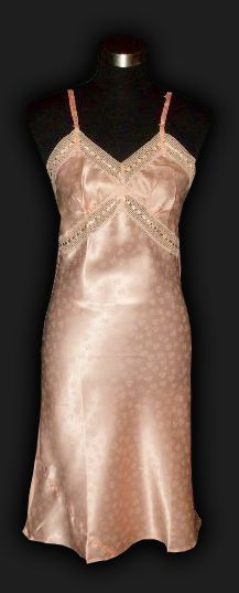 www.pinkgirlvintagelingerie.com - US - Vintage Lingere