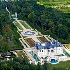 The Château Louis XIV