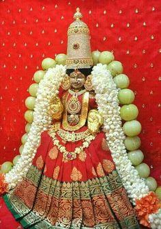 Durga Images, Lakshmi Images, Maa Durga Image, Durga Maa, Shiva Linga, Shiva Shakti, Krishna Statue, Lord Shiva Family, Love Background Images