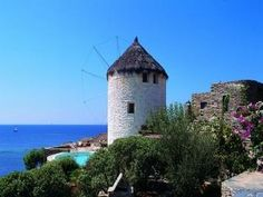 koundouros Athens, Geo, Greece, Heaven, Walking, Earth, Island, Mansions, House Styles