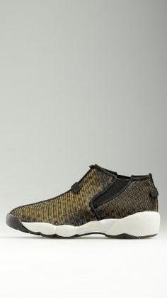 Polka-dot laminated sneakers