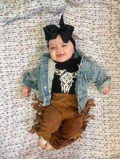 Love these little cowboy fringe pants. Sweet little model looks good in our little jean jacket too. etsy.com/shop/MyMonogramsandMoreDB Western Baby Clothes, Hippie Baby Clothes, Western Babies, Trendy Baby Clothes, Baby Kids Clothes, Country Babies, Hippie Pants, Hippie Boho, Western Baby Pictures