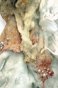Mantilla des Fleisches - textiles - Art World Textile Texture, Textile Fiber Art, Textile Artists, Nuno Felting, Needle Felting, Felting Tutorials, Fabric Manipulation, Felt Art, In The Flesh