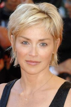 The Most Awesome Sharon Stone Short Hairstyles For Your Hairdo Is Compatible With Changing Appearance Haircut For Older Women, Hairstyles For Round Faces, Short Hairstyles For Women, Everyday Hairstyles, Short Pixie Haircuts, Pixie Hairstyles, Cool Hairstyles, Fringe Hairstyles, Brunette Hairstyles
