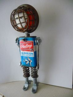 Basebball Bot Found Object Assemblage Robot by JoySunRobots Recycled Robot, Recycled Art, Diy Robot, Robot Art, Found Object Art, Found Art, Metal Robot, Vintage Robots, Assemblage Art