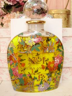 LAURA ASHLEY No.1 - I used to buy this perfume years ago...wonder if It is still sold today?