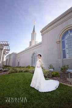 sacramento weddings, photographer, LDS temple, Mormon, wedding hair style