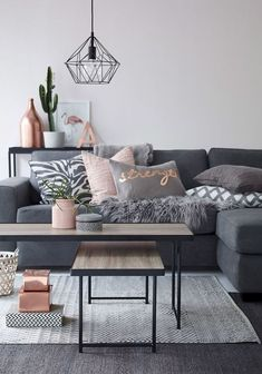 Adorable 80 First Apartment Living Room Makeover Decor Ideas https://decorecor.com/80-first-apartment-living-room-makeover-decor-ideas