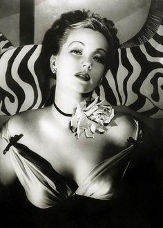 Ann Sothern Black n White photos are always the best <3