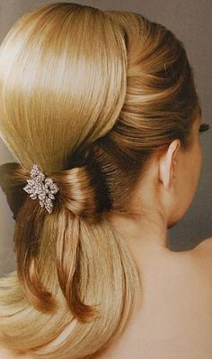 #weddinghairstyle14..............such a lovely hairstyle!!