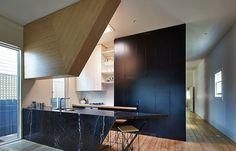 Kelvin House: Light and Angles Habitus Living