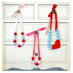 eighteen25: valentine's day necklaces...might be fun to make with my little princess