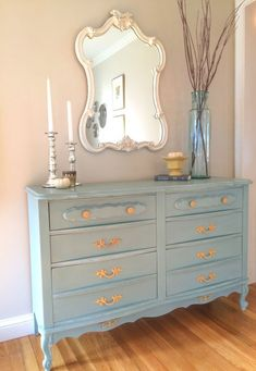 French Dresser Makeover with Annie Sloan Chalk Paint - Duck Egg Blue #shabbychicdressersmakeover