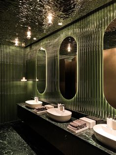 Wuji Studio has designed Rêver, a modern French cuisine restaurant located on the South Bank of the Pearl River in Guangzhou, China. Restaurant Bad, Design Bar Restaurant, Restaurant Bathroom, Toilet Restaurant, Modern Restaurant, Restaurant Ideas, Home Design Decor, Bathroom Interior Design, House Design