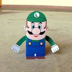 Toy-A-Day: Day 98: Luigi (Super Mario Bros.)