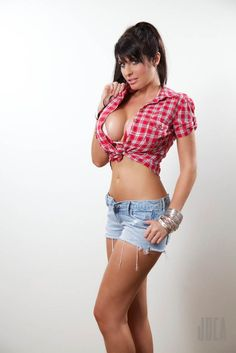 Lana Dealessi