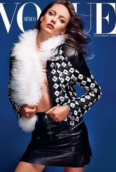 Cover with Karmen Pedaru November 2015 of MX based magazine Vogue Mexico from Condé Nast Publications including details. Fashion Mag, Fashion Cover, Fashion Books, Editorial Fashion, Fashion Models, Karmen Pedaru, Magazine Vogue, Vogue Mexico, Vogue Covers