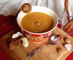 Perfect for December! Saint Nicholas' Carrot Soup! With carrot, sweet potatoes, ginger, orange, nutmeg, cinnamon and clove!   Lekker voor Sinterklaasavond!: