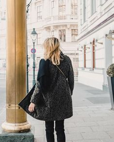 562 Likes, 36 Comments - Lena Top Blogs, Inspirational Quotes, Lifestyle, Instagram, Coat, Videos, Womens Fashion, Photos, Kissing Hand