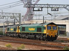 RailPictures.Net Photo: 66556 Freightliner British Rail Class 66 at London, United Kingdom by Bob Pickering (BP)