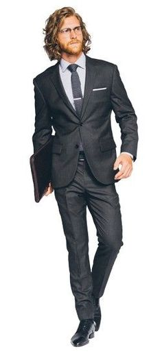 Wedding Suit The perfect Men's Custom Suit in Premium Charcoal Gray fabric, perfect for your wardrobe. Shop a wide selection of Men's Custom Suits, gray suits, charcoal suits Grey Suit Men, Mens Suits, Gray Suits, Guys In Suits, Charcoal Suit, Look Formal, Herren Outfit, Suit Accessories, Suit Shop