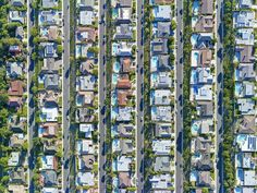 Photographer Highlights Income Inequality With Aerial Photos Of LA Neighborhoods | Huffington Post