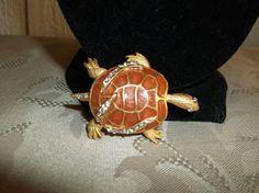 VTG. AB & CLEAR RHINESTONE BUTTERSCOTCH SWIRLED ENAMEL TURTLE/TORTOISE BROOCH~ #Turtle