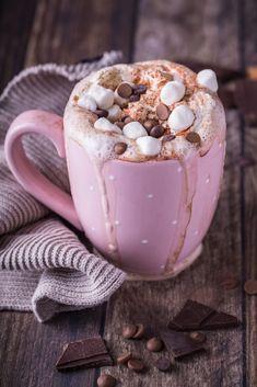 Chocolate shared by Trang Lê on We Heart It Cute Food, Good Food, Yummy Food, Tasty, Chocolate Recipes, Hot Chocolate, Christmas Aesthetic, Coffee Love, Aesthetic Food