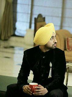 Athe vi Wedding Men, Wedding Suits, Coat Style For Man, Indian Men Fashion, Mens Fashion, Winter Hats, Winter Jackets, Indian Man, Black Suits