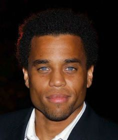 Ok, is it just me, or are those eyes absolutely stunning?! Gosh, Michael Ealy! And a gorgeous smile to match! LOVE!
