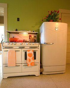 Vintage kitchen, orange and green