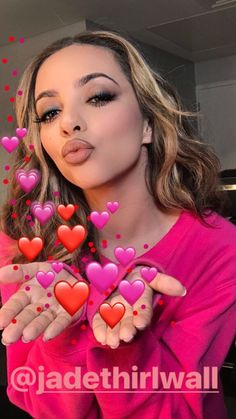 All kisses for Jade Jade Little Mix, Jade Amelia Thirlwall, Litte Mix, Popular Artists, Jesy Nelson, Famous Singers, Girl Bands, Reaction Pictures, Celebs