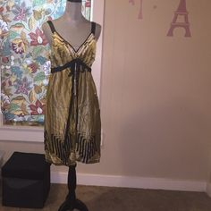 Hale Bob (Paris - Los Angeles) designer dress In great condition, a beautiful Halé Bob gold, white and black dress with geometric patterns. Hale Bob Dresses