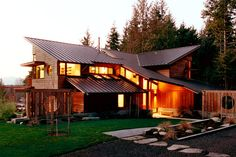 Bainbridge Island Residence: The site for this Bainbridge Island home with guest house comprises 32 wooded acres that sweep uphill from the Puget Sound in the West to a ridge and then drops back do… Rustic Exterior, Exterior Design, Pacific Northwest Style, Bainbridge Island, Interior Decorating Styles, Residential Architecture, Beautiful Homes, House Design, House Styles