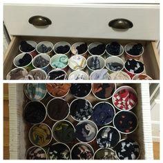 靴下収納 紙コップに収納する