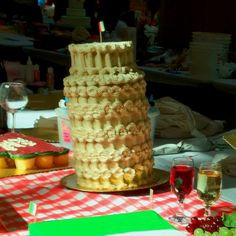 Hy-Vee Cake Challenge 2012: by Danielle Demuth!
