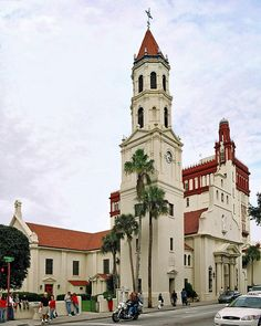 The Cathedral Basilica of St. Augustine is the oldest church in Florida (photo courtesy of Steven Martin)