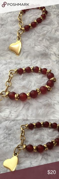 Colombian High Quality Beads Heart Charm Bracelet Gold chain bracelet with ruby-red color beads and a gold heart charm. Stretchable, handmade in Colombia. Jewelry Bracelets