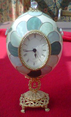 Clock made from an ostrich egg