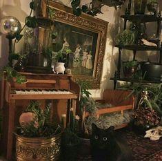 Room Ideas Bedroom, Bedroom Inspo, Bedroom Decor, Nerd Bedroom, Bedroom Green, My New Room, My Room, Witch Room, Aesthetic Room Decor