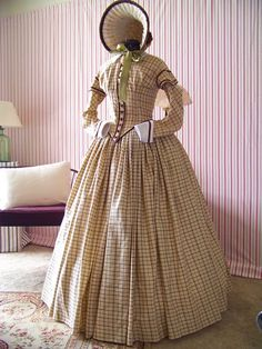 Historical costuming and vintage sewing projects, with dress diaries and researc… Historical costuming and vintage sewing projects, with dress diaries and research on period dress from the to the century. Victorian Gown, Victorian Costume, Victorian Fashion, Vintage Fashion, Steampunk Fashion, Gothic Steampunk, Steampunk Clothing, Victorian Gothic, Gothic Lolita