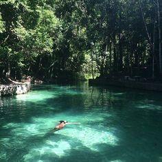 Lago Azul em Marechal Deodoro. O lugar realmente impressiona por sua beleza.
