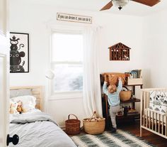 19 stunning shared bedrooms for babies and kids Boho style baby and toddler shar. 19 stunning shared bedrooms for babies and kids Boho style baby and toddler shared room Baby And Toddler Shared Room, Toddler Rooms, Room For Two Kids, Baby Room Design, Baby Room Decor, Bedroom Decor, Bedroom Ideas, Do It Yourself Baby, Shared Bedrooms