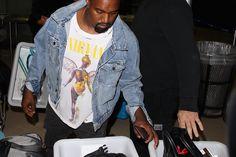 Kim Kardashian en Kanye West hoeven straks op het vliegveld van Los Angeles niet meer in de rij staan. Het vliegveld krijgt een speciale terminal voor celebrities, miljardairs en sporthelden.