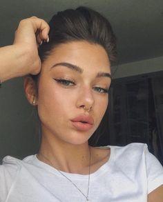 Read information on eye makeup looks Makeup Goals, Makeup Inspo, Makeup Inspiration, Makeup Ideas, All Things Beauty, Beauty Make Up, Hair Beauty, Bijoux Piercing Septum, Septum Ring