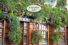 London Life - a peak into the everyday side of one of the most amazing cities in the world.
