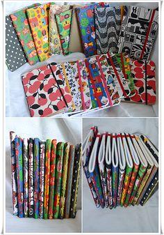 cadernos costurados a mão <3